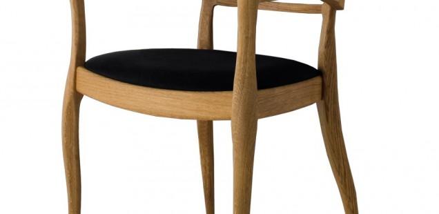 Le sedie ecologiche in legno naturale arredamento sedie for Sedie design legno naturale